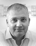 Founder and CEO of eMoov.co.uk, Russell Quirk
